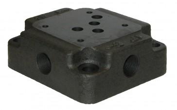 D05 SAE Subplate SD05-8-FS-S