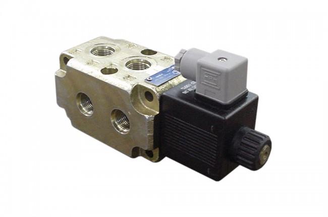 12v Hydraulic Selector Valve : Solenoid double selector valve vdc sae dalton