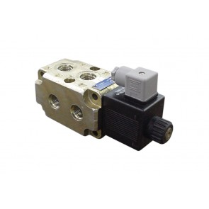 Solenoid Double Selector Valve - 24VDC #10 SAE