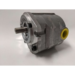 Cross 40MH18DACSC Hydraulic Motor 360036, 1.8 Cu. In Displacement